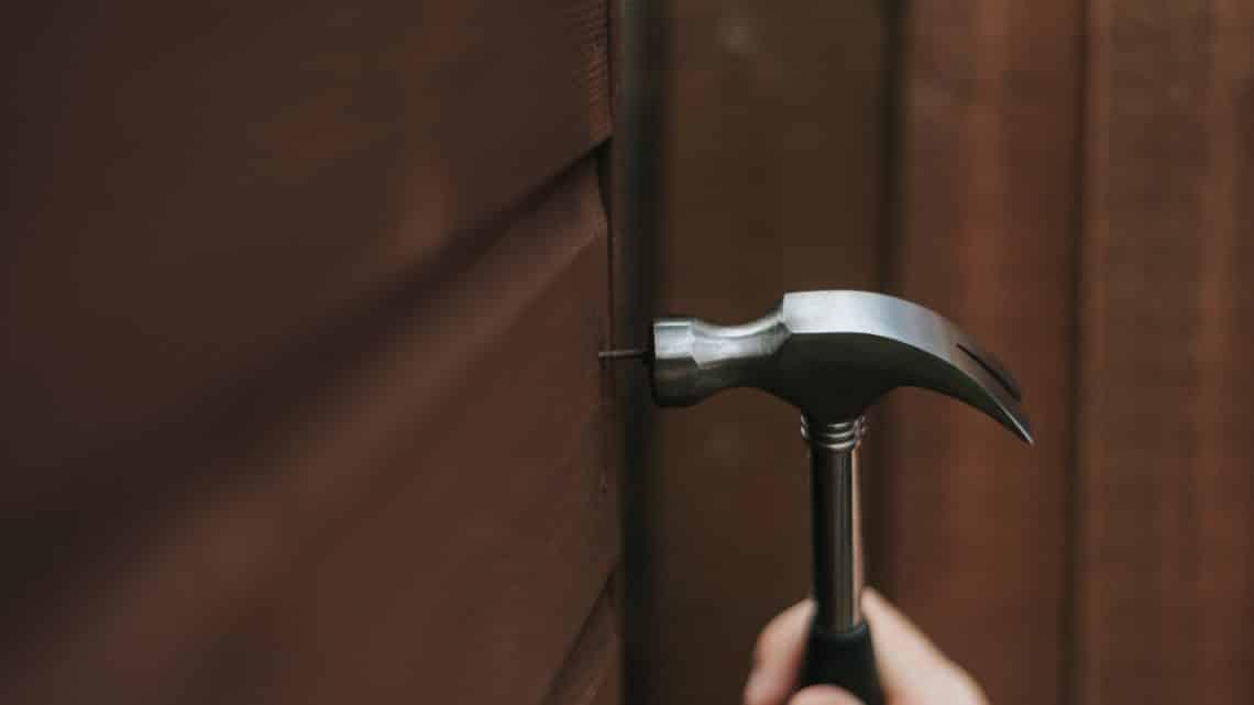 manutenção em casa de madeira